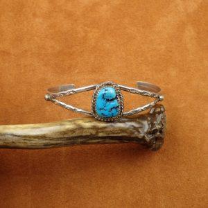 """J-30 Navajo Turquoise Sterling Bracelet 7""""sign kee $200."""